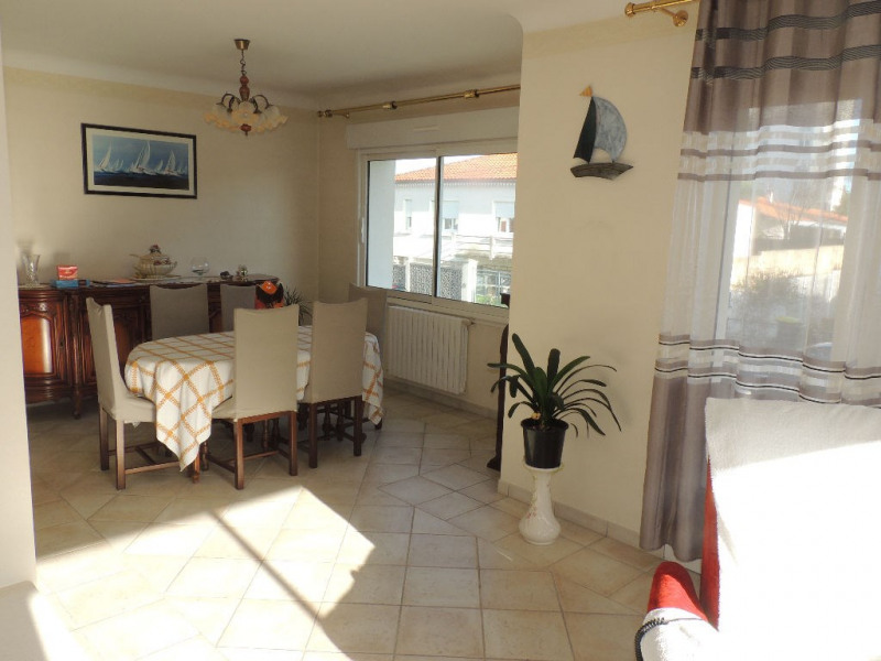 Sale house / villa Royan 388 000€ - Picture 7