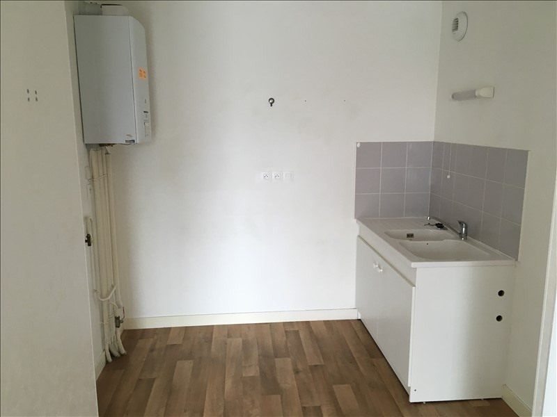 Location appartement Poitiers 449€ CC - Photo 4