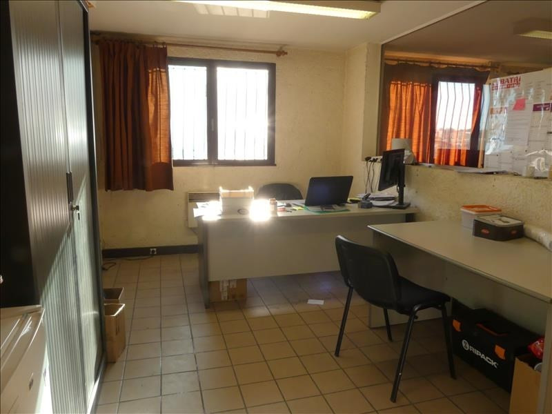 Sale empty room/storage Lons 207000€ - Picture 4