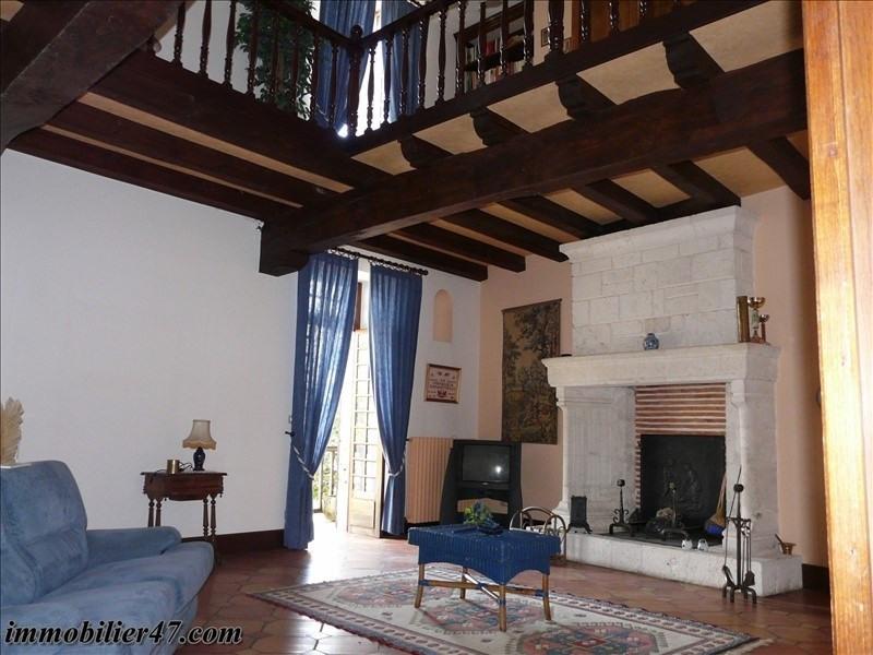 Sale house / villa Prayssas 254000€ - Picture 3