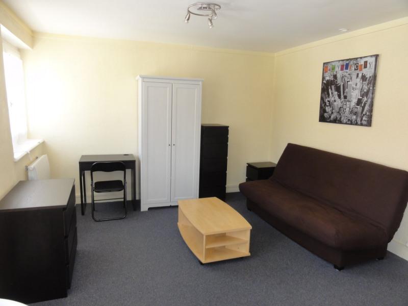Rental apartment Lyon 4ème 500€ CC - Picture 2