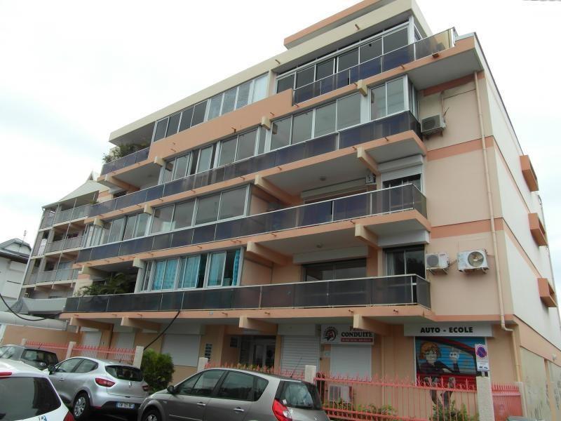Sale apartment St denis 245000€ - Picture 1