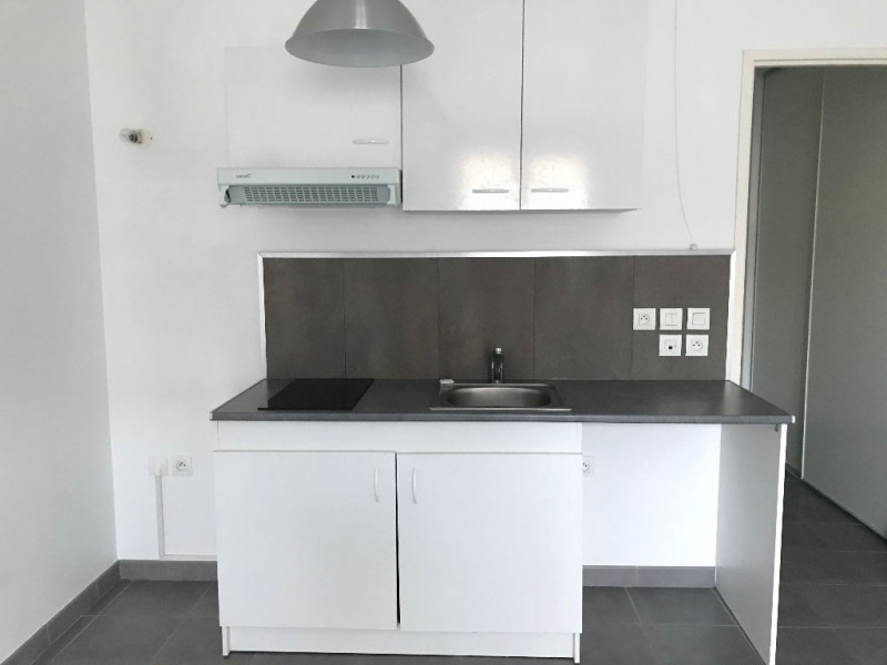 Locação apartamento Villiers sur orge 620€ CC - Fotografia 3