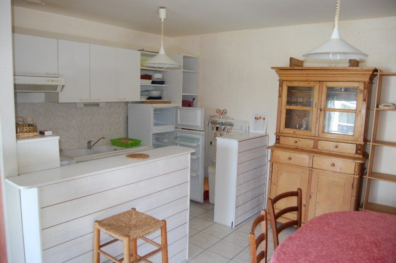 Location maison / villa Aytre 600€ CC - Photo 2