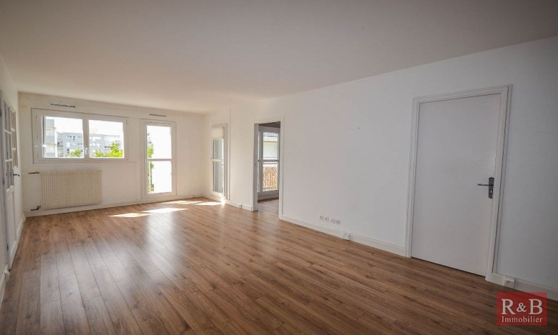 Vente appartement Plaisir 229 000€ - Photo 1