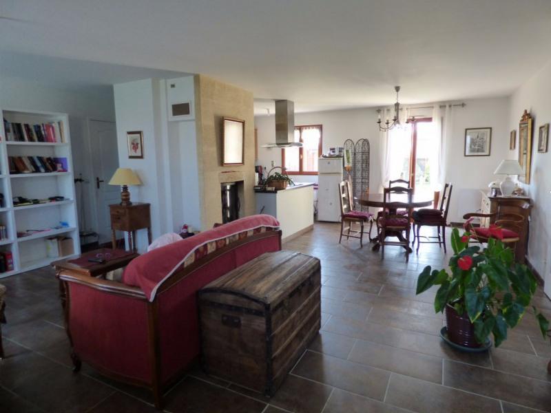 Sale house / villa Les andelys 214000€ - Picture 2