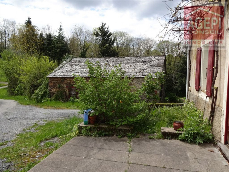 JL77-818 Maison en pierre à restaurer