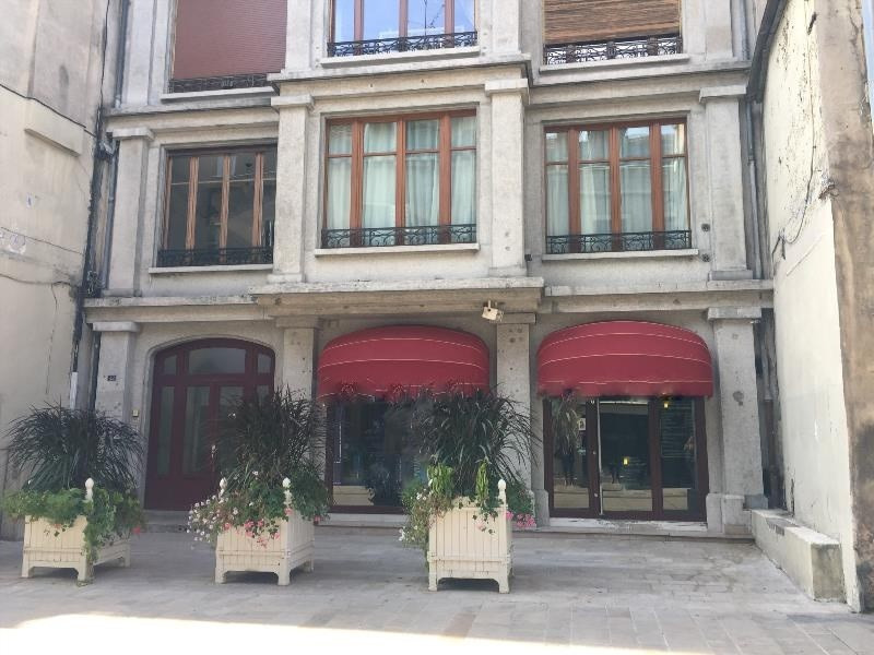 Location Boutique Dijon 0