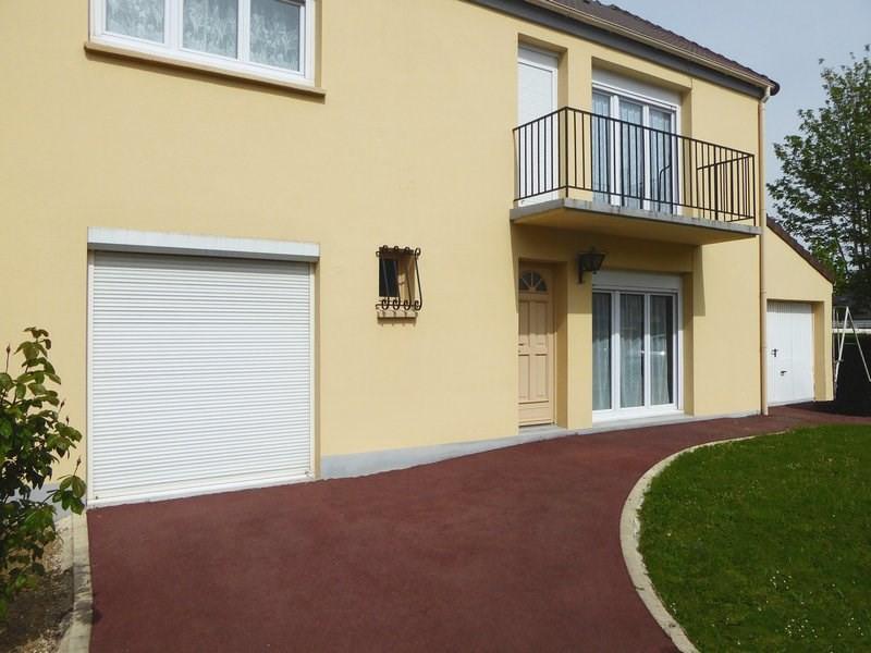 Sale house / villa Maurepas 366000€ - Picture 7