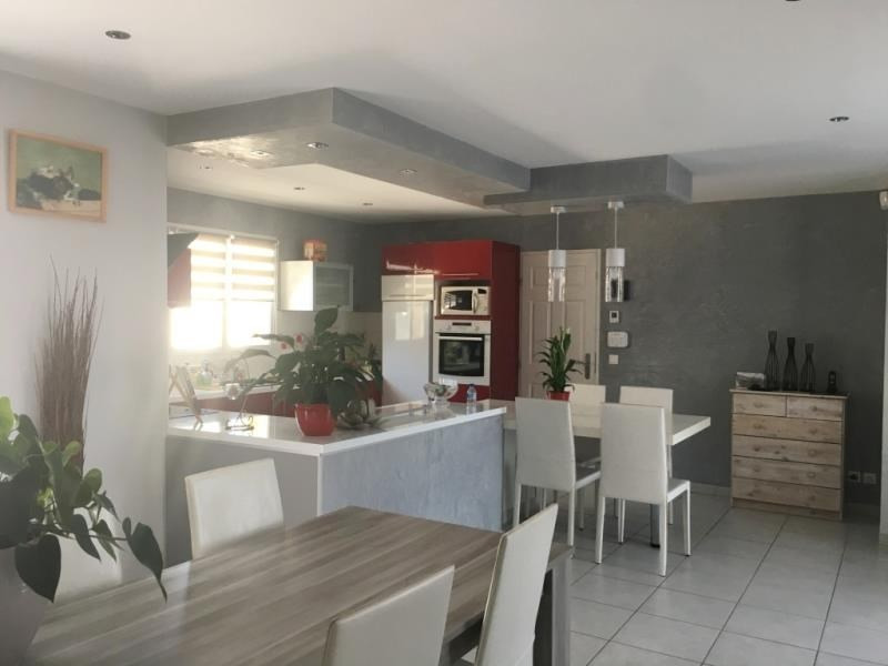 Revenda casa Bourgoin jallieu 249000€ - Fotografia 4