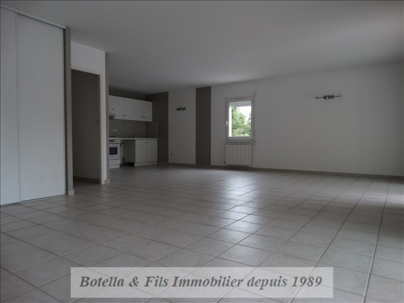 Sale apartment Bagnols sur ceze 194 000€ - Picture 2
