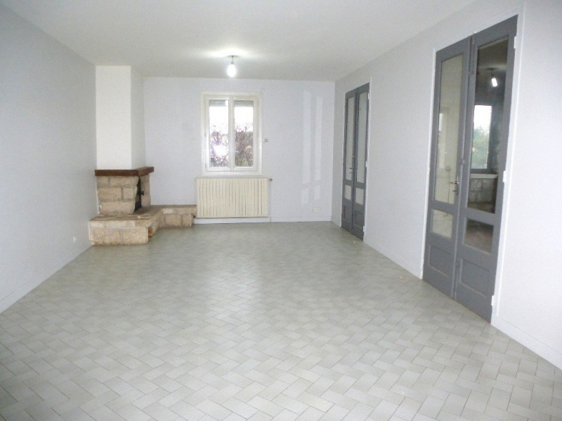 Location maison / villa Villeneuve-de-berg 850€ CC - Photo 2