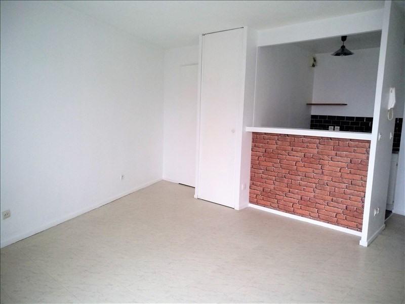 Sale apartment Argenteuil 131000€ - Picture 2
