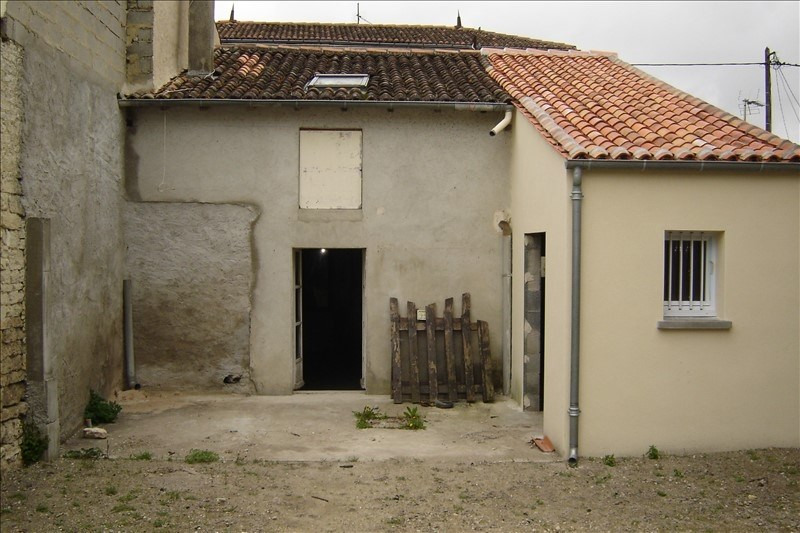 Sale house / villa St jean d angely 45 000€ - Picture 6