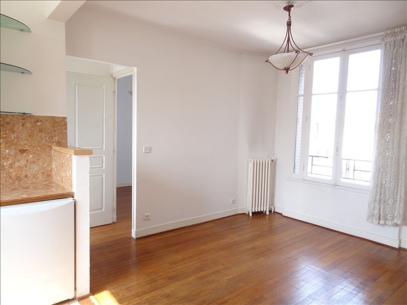 Rental apartment Levallois perret 1 050€ CC - Picture 1