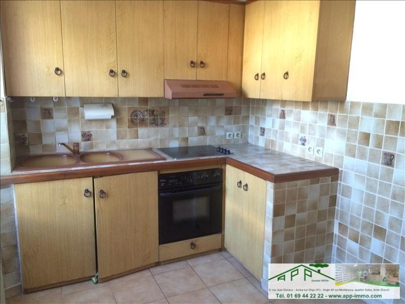 Sale apartment Viry chatillon 117000€ - Picture 2
