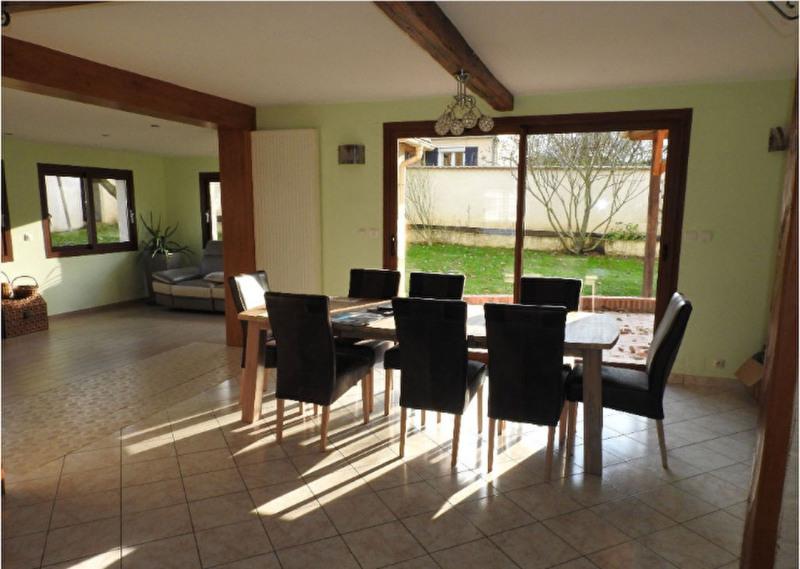 Sale house / villa Ferolles attilly 435000€ - Picture 4