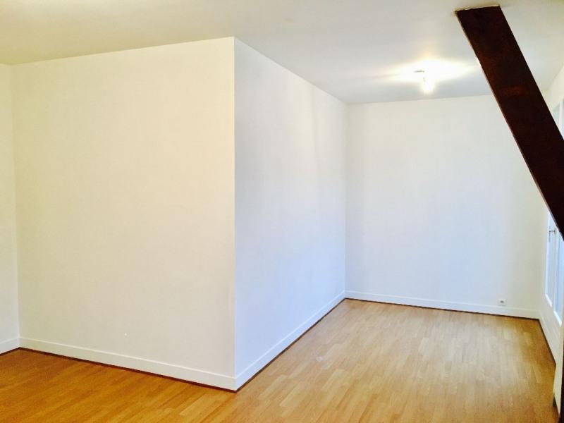 Sale apartment Beauvais 148000€ - Picture 2
