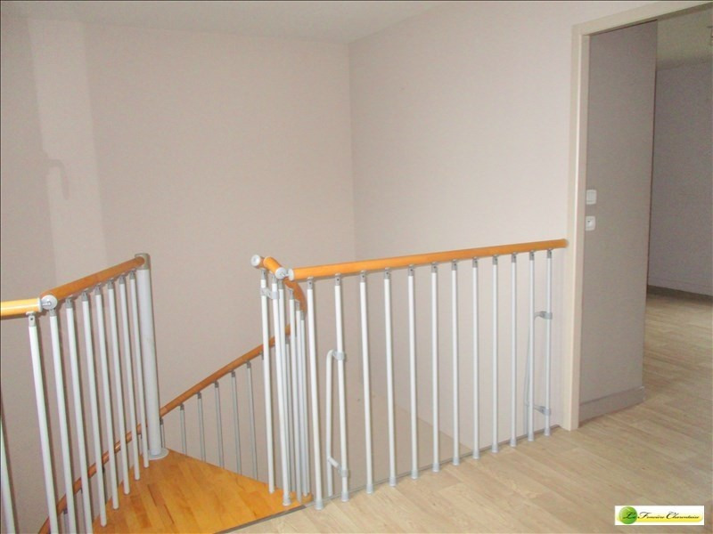 Sale house / villa Puymoyen 140400€ - Picture 6
