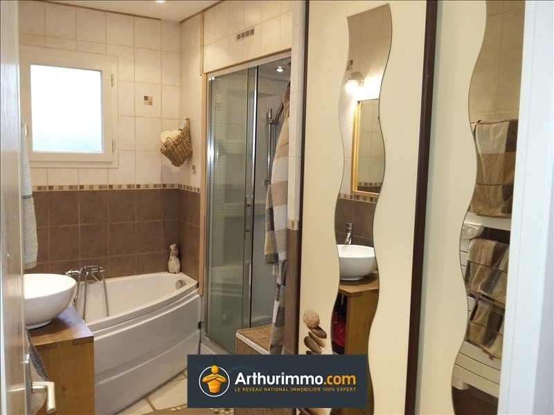 Sale house / villa Morestel 235000€ - Picture 5