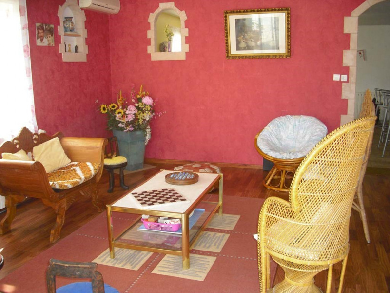 Sale house / villa Semussac 294 000€ - Picture 5