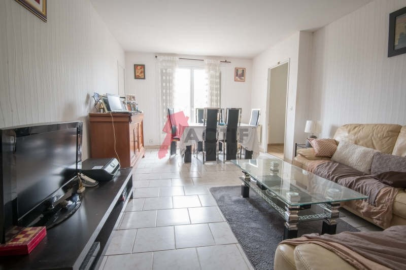 Vente appartement Evry 154 000€ - Photo 1