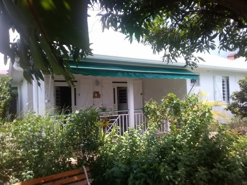 Vente maison / villa Baie mahault 240000€ - Photo 1