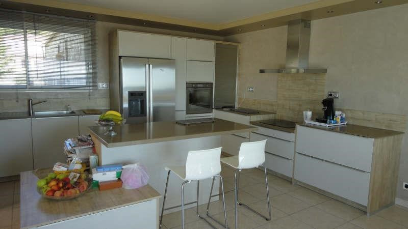 Deluxe sale house / villa St chamas 1 260 000€ - Picture 2
