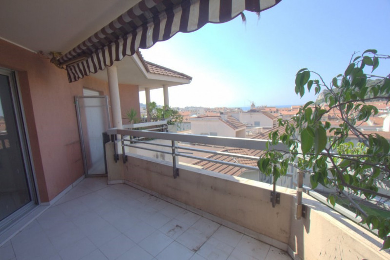 Sale apartment Nice 550000€ - Picture 2