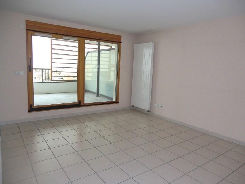 Rental apartment Aix les bains 727€ CC - Picture 2