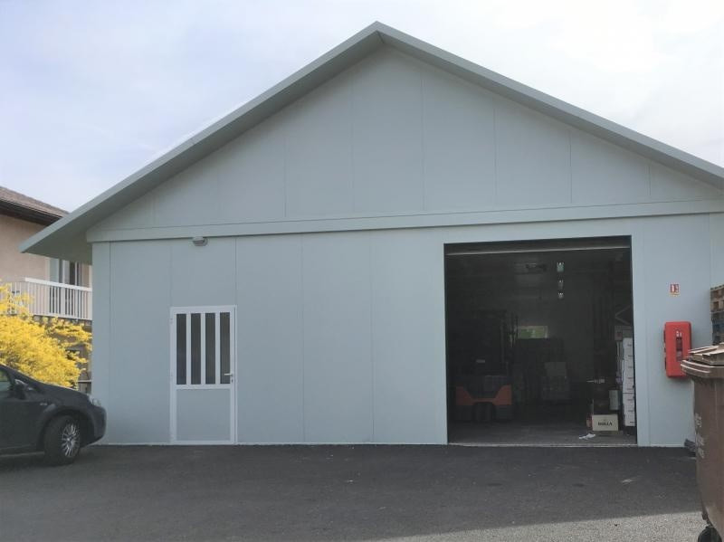 Location local commercial Cessy 1500€ +CH/ HT - Photo 2