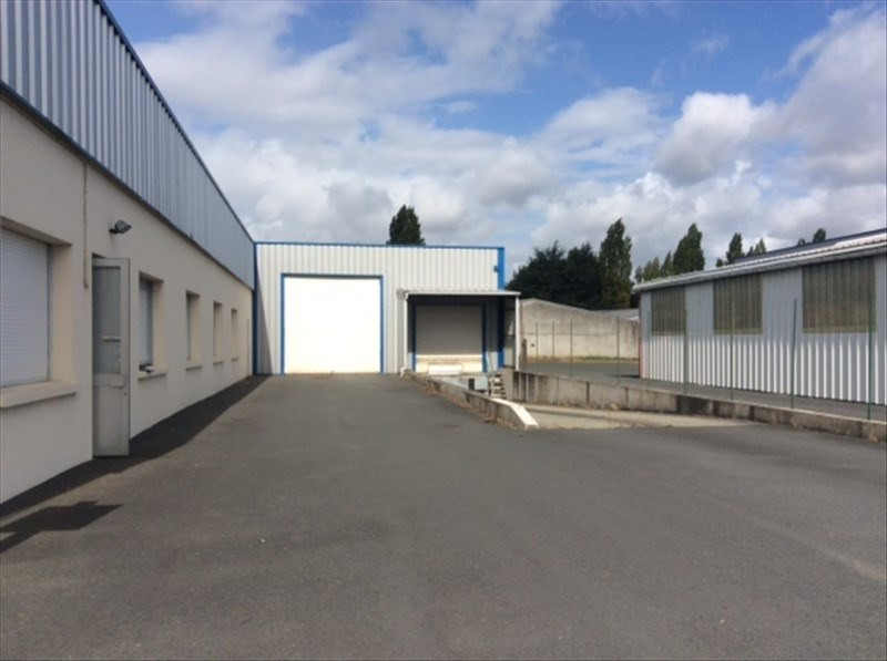 Location local commercial Cholet 2200€ HT/HC - Photo 2