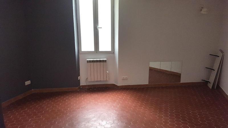 Verhuren  huis Trets 730€ CC - Foto 4