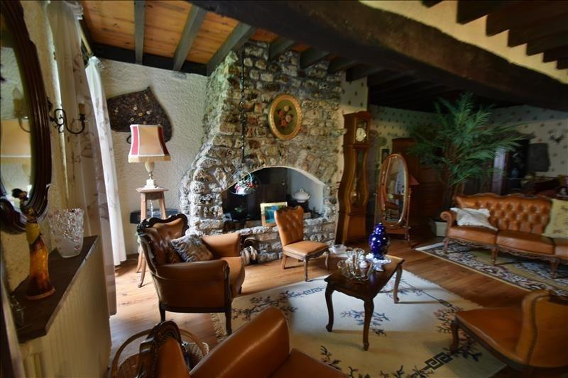 Sale house / villa Arudy 225000€ - Picture 1