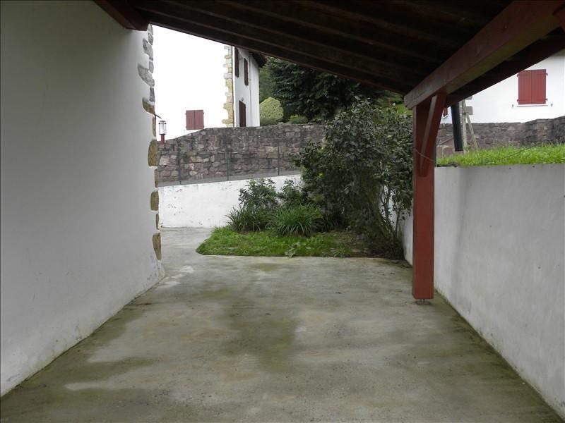 Location maison / villa St jean pied de port 550€ +CH - Photo 2