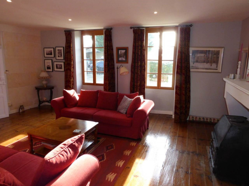 Sale house / villa Burie 245 575€ - Picture 7