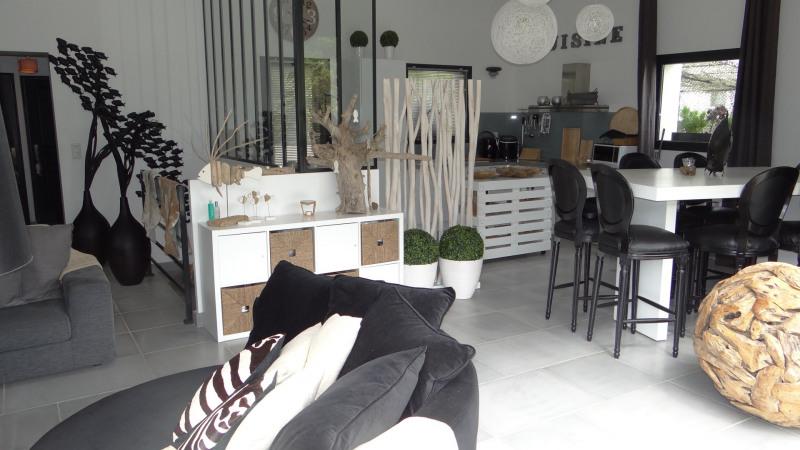 Sale house / villa Cavalaire 995000€ - Picture 2