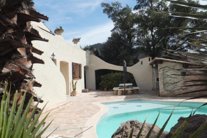 Deluxe sale house / villa Les adrets-de-l'estérel 880000€ - Picture 1