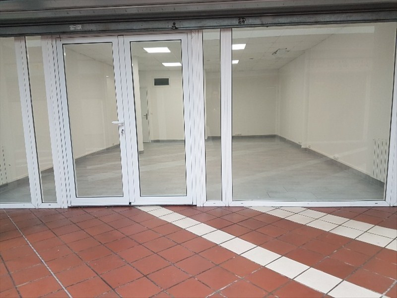 Location local commercial Romainville 1100€ HT/HC - Photo 2