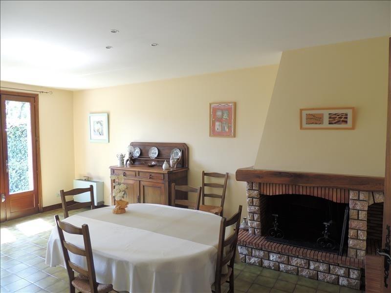 Sale house / villa Aussillon 165000€ - Picture 4