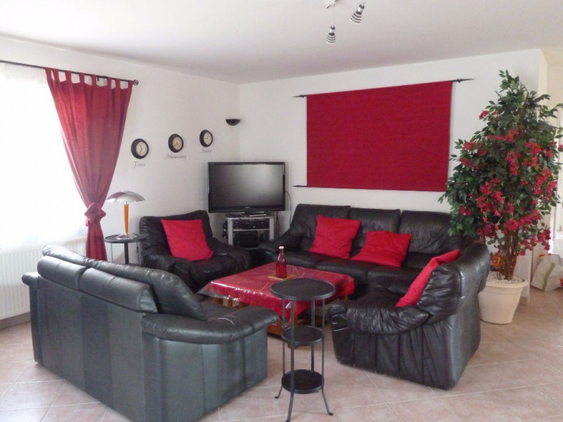 Sale house / villa Bon encontre 244 000€ - Picture 2