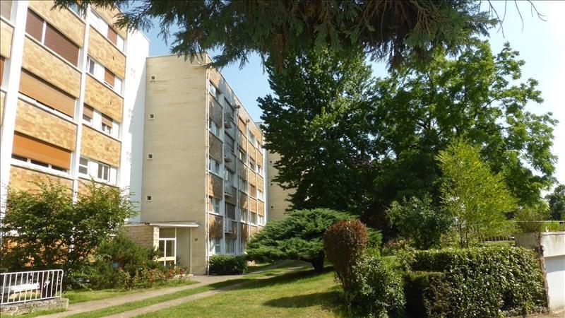 Location appartement Vaucresson 1780€ CC - Photo 1