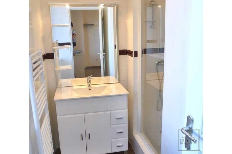 Rental apartment Tassin la demi lune 430€ CC - Picture 3