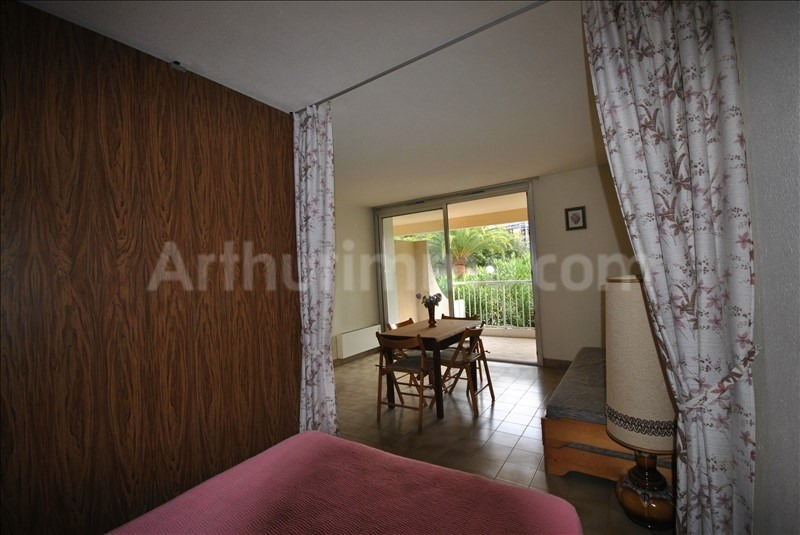 Sale apartment St raphael 146 000€ - Picture 1