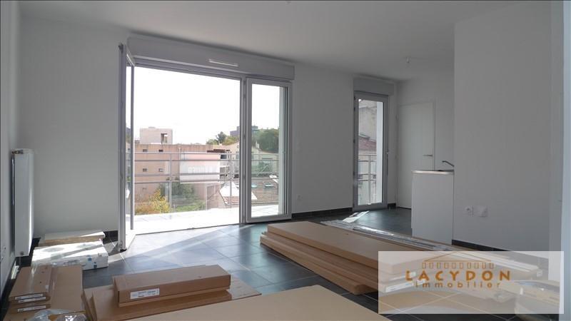 Location appartement Marseille 4ème 720€ CC - Photo 4