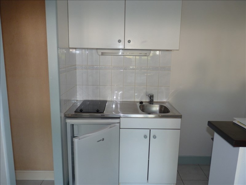 Rental apartment La roche sur yon 415€ CC - Picture 3