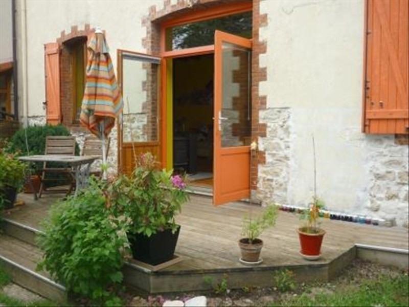 Sale house / villa Oyonnax 170000€ - Picture 1
