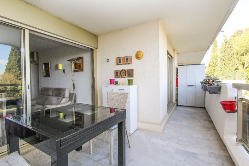 Sale apartment Antibes 342 000€ - Picture 2