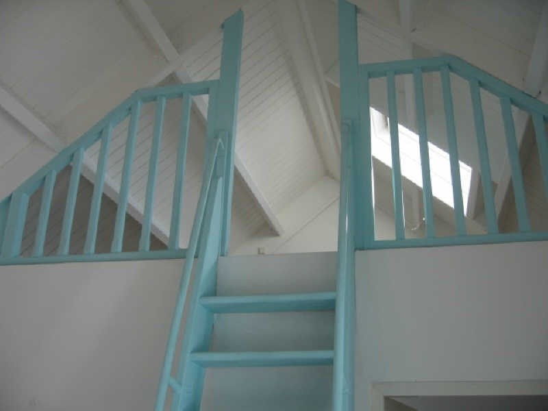 Rental apartment Ste anne 620€ CC - Picture 2
