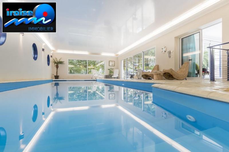 Deluxe sale house / villa Brest 614000€ - Picture 2